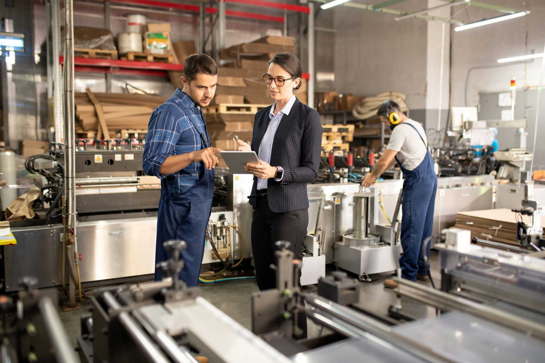 Data-Driven Operational Excellence in Manufacturing
